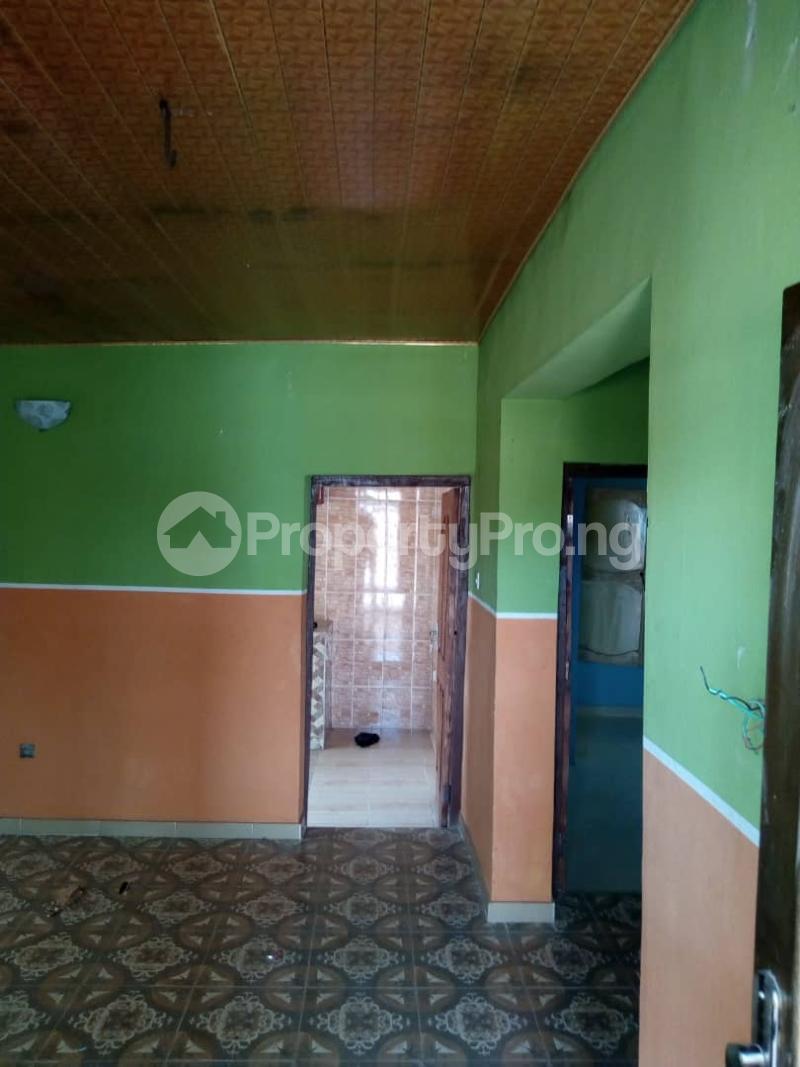 2 bedroom Flat / Apartment for rent elebu behind commodore hotel off akala express,ibadan Akala Express Ibadan Oyo - 2