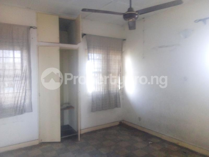 2 bedroom Flat / Apartment for rent Ekololu street off  Ogunlana Surulere Lagos - 0