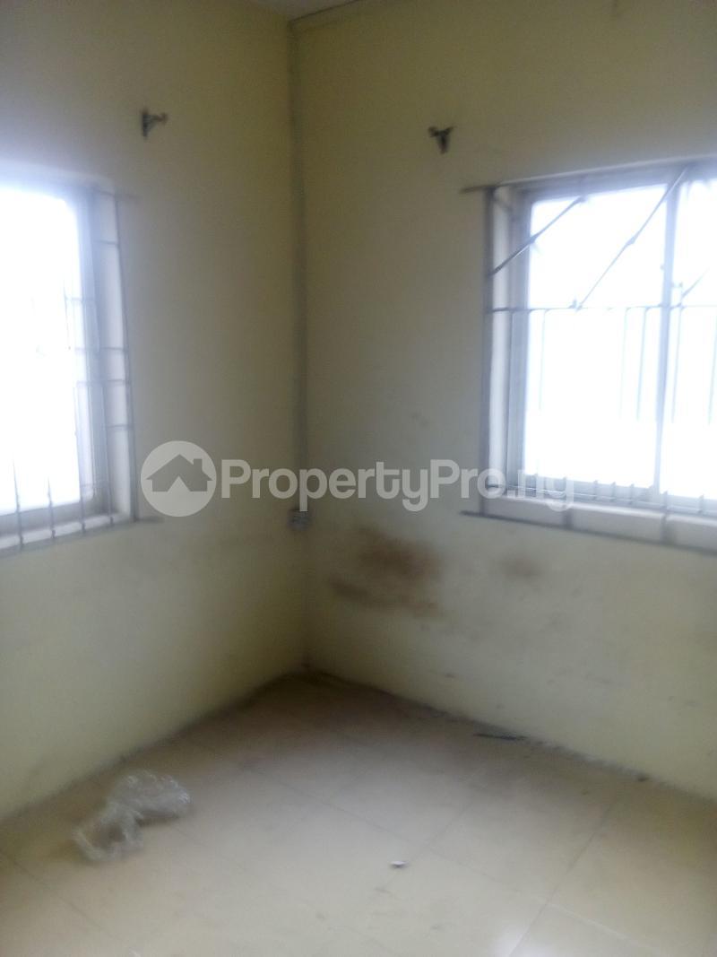 2 bedroom Flat / Apartment for rent Folashade close off  Ogunlana Surulere Lagos - 1
