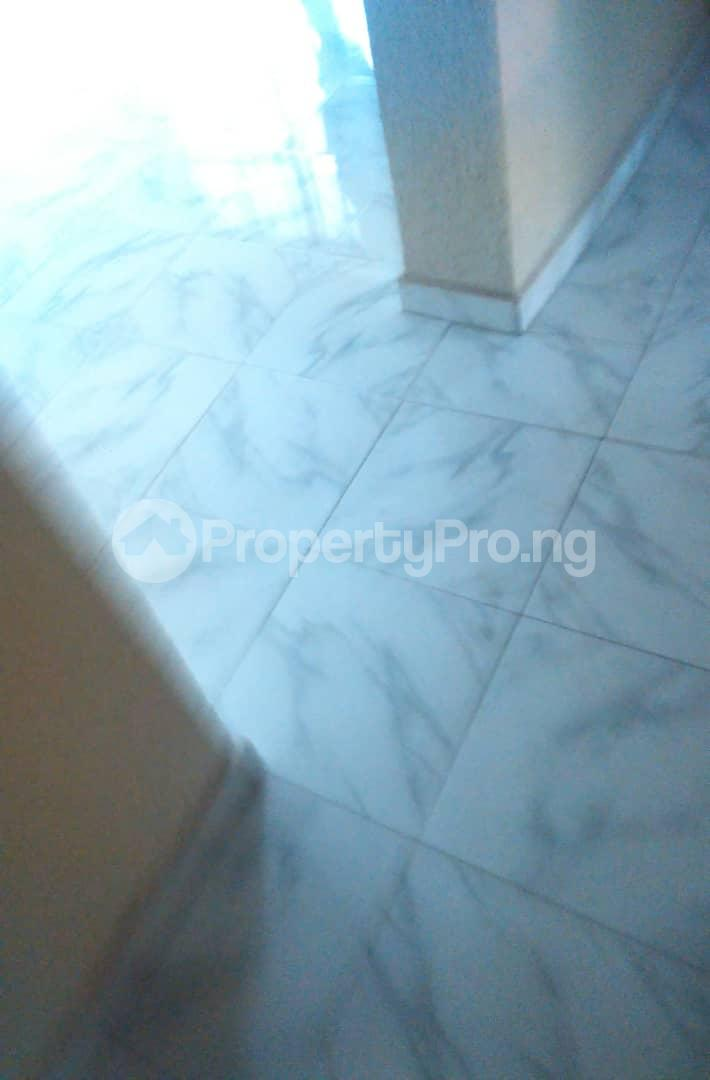 2 bedroom Flat / Apartment for rent Agbonyi street off  Adelabu Surulere Lagos - 5