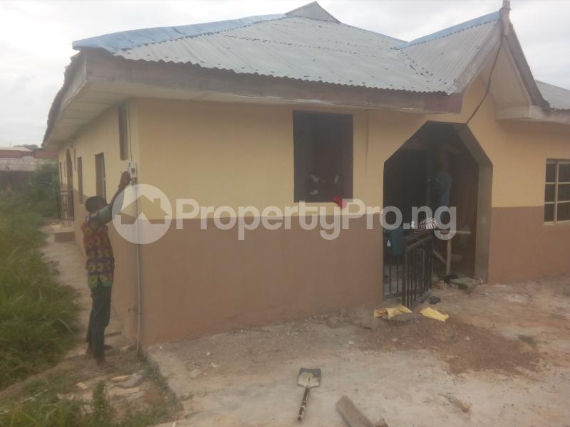 2 bedroom Self Contain Flat / Apartment for rent Christ High School  Ashipa Rd off Akala express  Akala Express Ibadan Oyo - 0