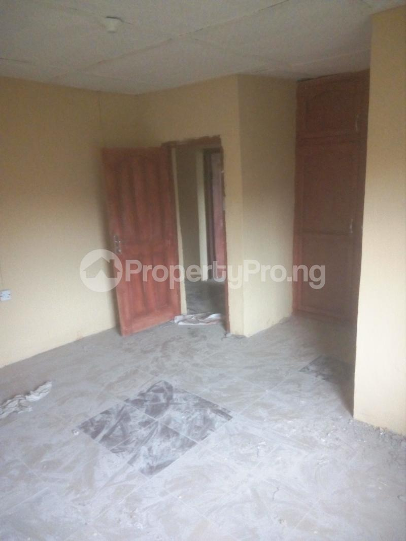 2 bedroom Self Contain Flat / Apartment for rent Christ High School  Ashipa Rd off Akala express  Akala Express Ibadan Oyo - 3