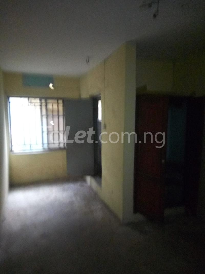 2 bedroom Flat / Apartment for rent Bawala Palmgroove Shomolu Lagos - 6