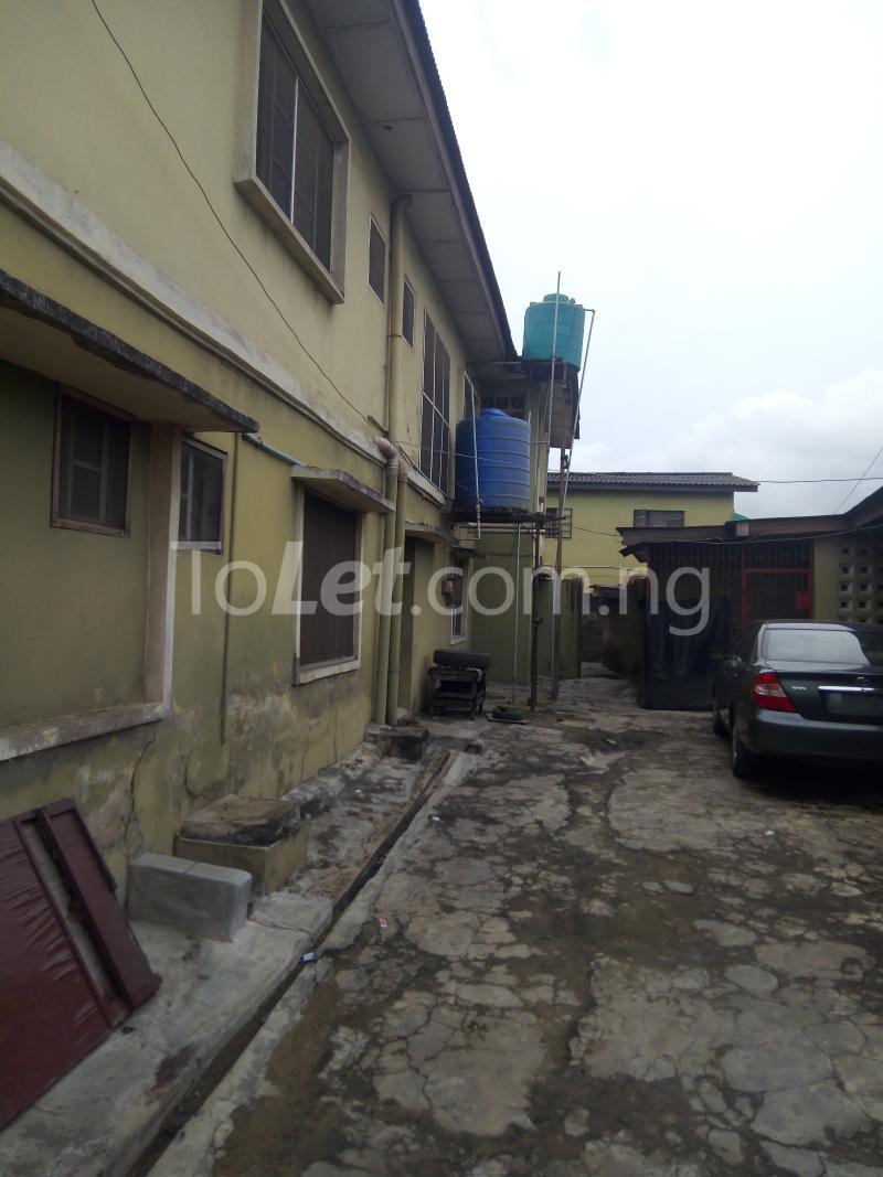 2 bedroom Flat / Apartment for rent Bawala Palmgroove Shomolu Lagos - 1