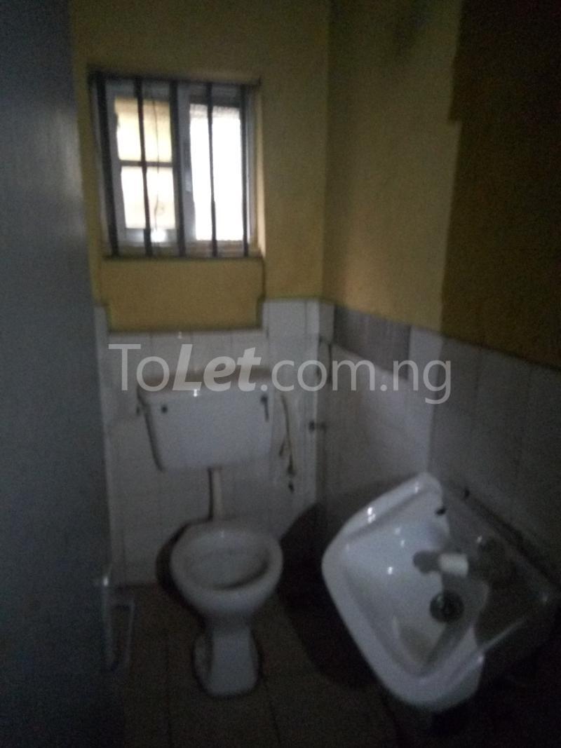 2 bedroom Flat / Apartment for rent Bawala Palmgroove Shomolu Lagos - 8