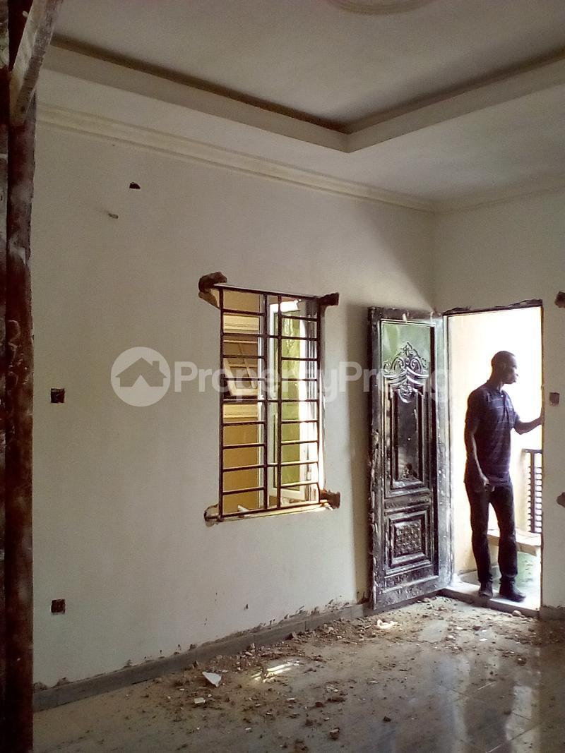 2 bedroom Flat / Apartment for rent Magodo Phase 2 Magodo Kosofe/Ikosi Lagos - 3