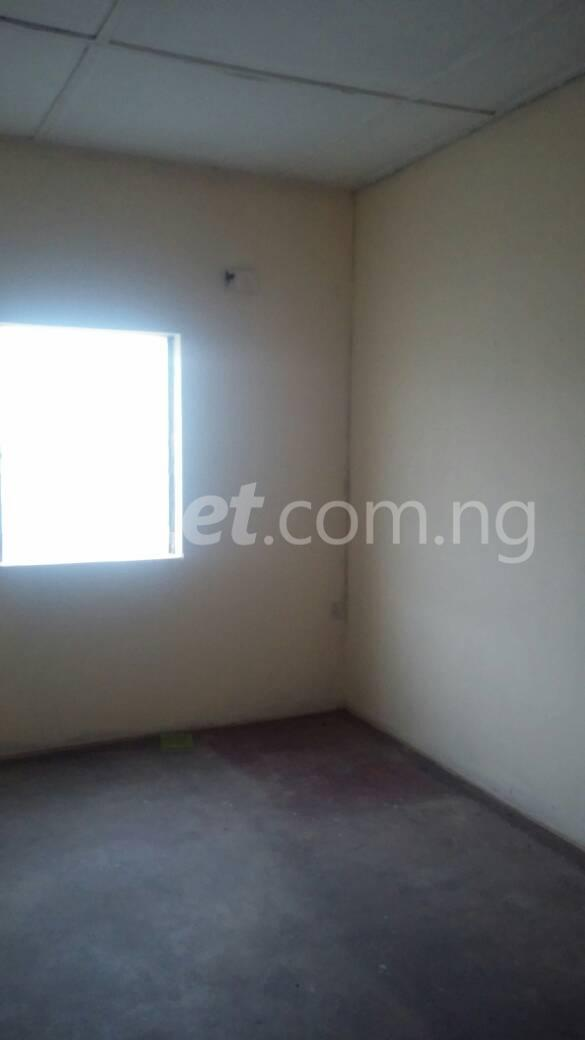 2 bedroom Flat / Apartment for rent off Ogunlana drive Ogunlana Surulere Lagos - 5