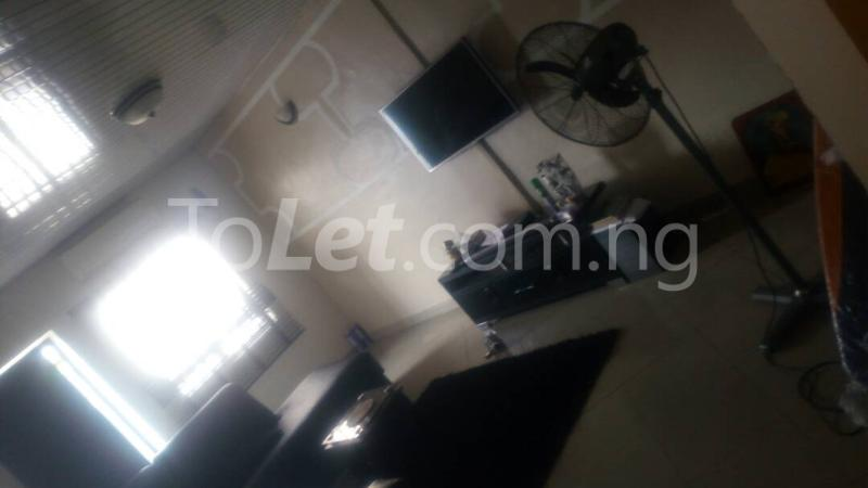 2 bedroom Flat / Apartment for rent - Randle Avenue Surulere Lagos - 12