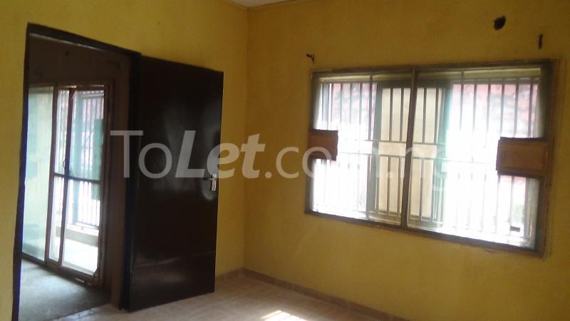 2 bedroom Flat / Apartment for rent Okeowo-Somorin Street Ifako-gbagada Gbagada Lagos - 5