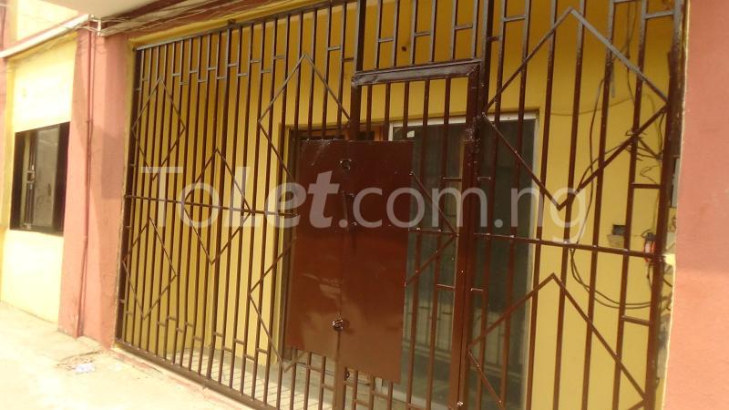 2 bedroom Flat / Apartment for rent Okeowo-Somorin Street Ifako-gbagada Gbagada Lagos - 11