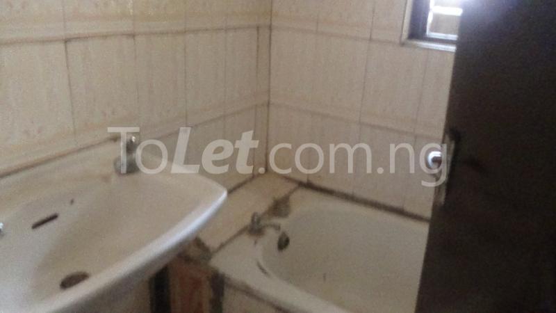 2 bedroom Flat / Apartment for rent Okeowo-Somorin Street Ifako-gbagada Gbagada Lagos - 6