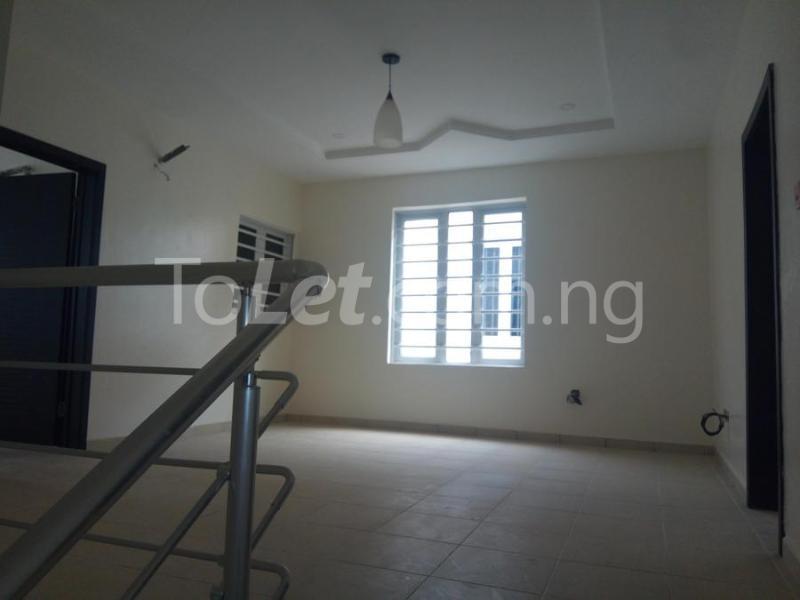 2 bedroom House for sale mini estate along Orchid Hotel Road chevron Lekki Lagos - 7