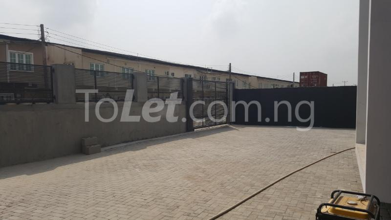 2 bedroom House for rent Jenesis Colony Ajah Lagos - 10
