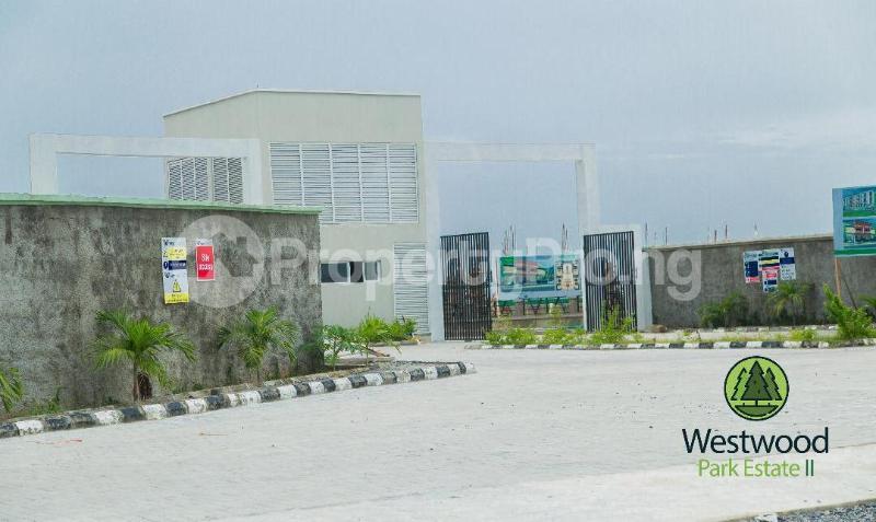 2 bedroom Terraced Duplex House for sale Monastery road Sangotedo Lagos - 0