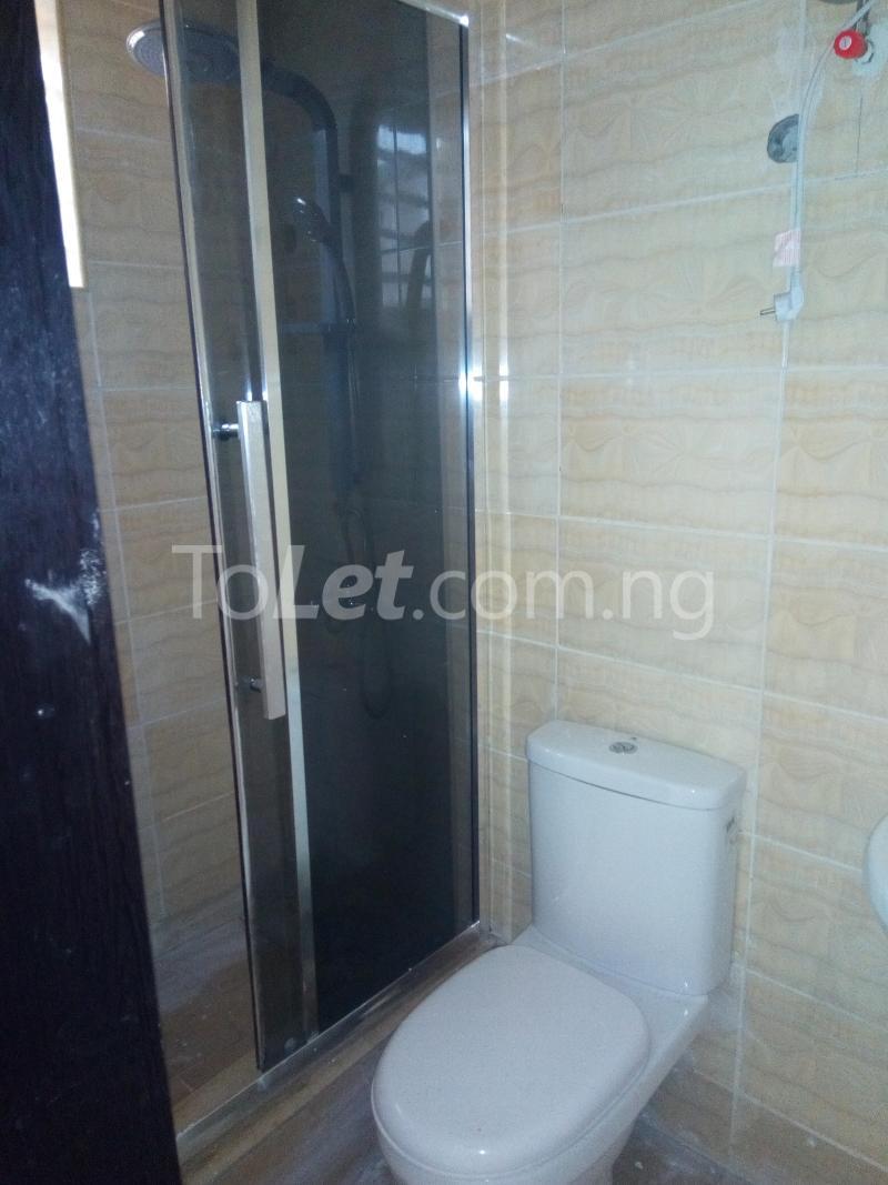 2 bedroom House for sale mini estate along Orchid Hotel Road chevron Lekki Lagos - 4