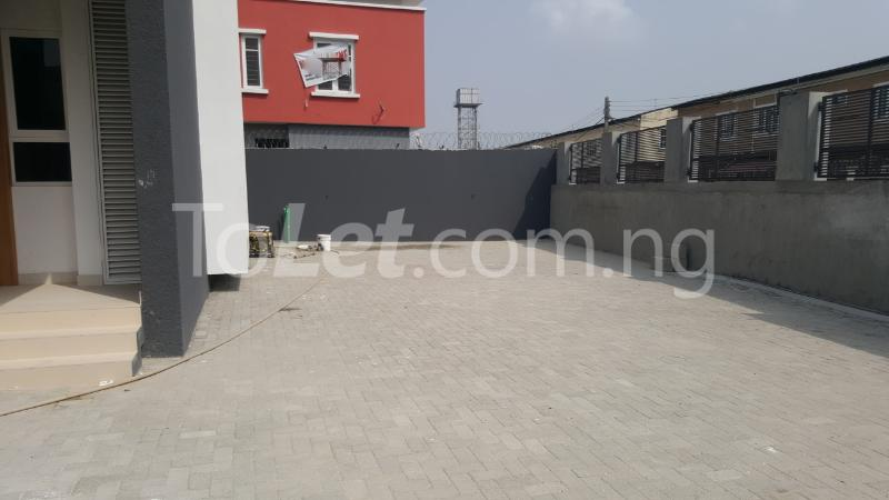 2 bedroom House for rent Jenesis Colony Ajah Lagos - 47