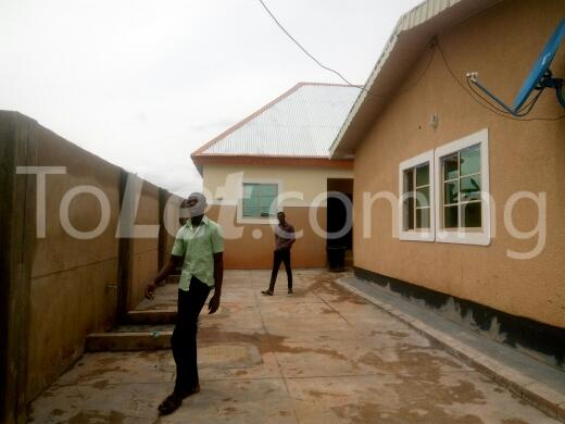 2 bedroom Flat / Apartment for rent by yakowa road Kaduna South Kaduna - 5