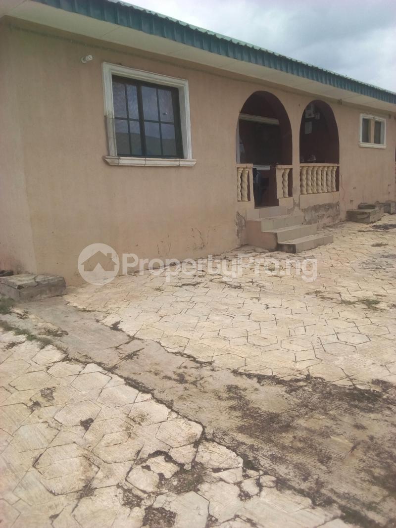3 bedroom Blocks of Flats House for sale Camp, Eleyele-Ido road Eleyele Ibadan Oyo - 0