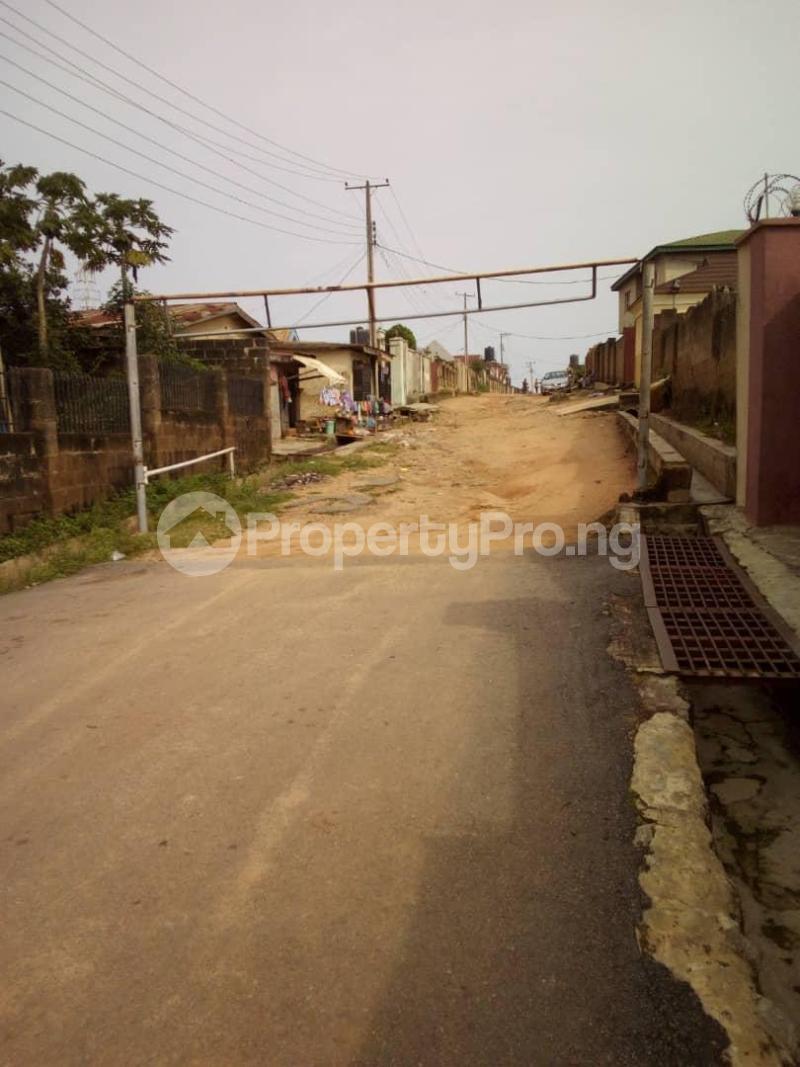 10 bedroom Blocks of Flats House for sale  oyedemi close to adetokun,ologuneru eleyele ibadan Ido Oyo - 9