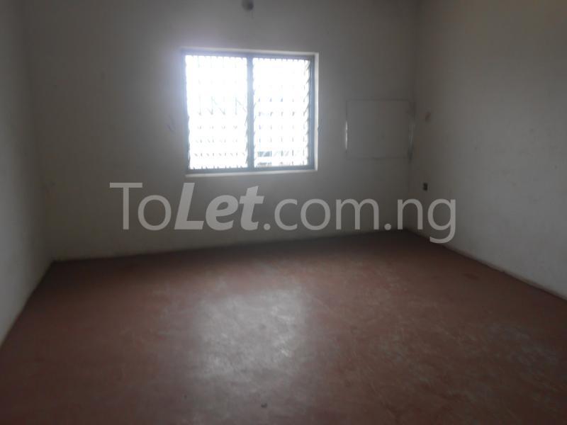 Commercial Property for rent UYO Uyo Akwa Ibom - 3