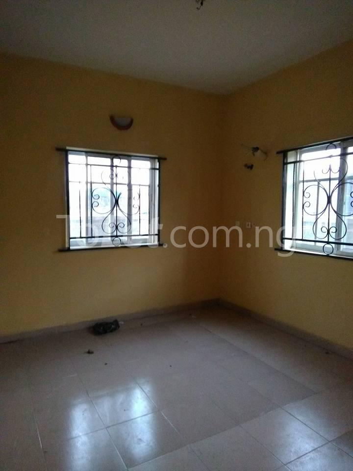 2 bedroom Flat / Apartment for rent Off Shoretire Street Agege Lagos - 4