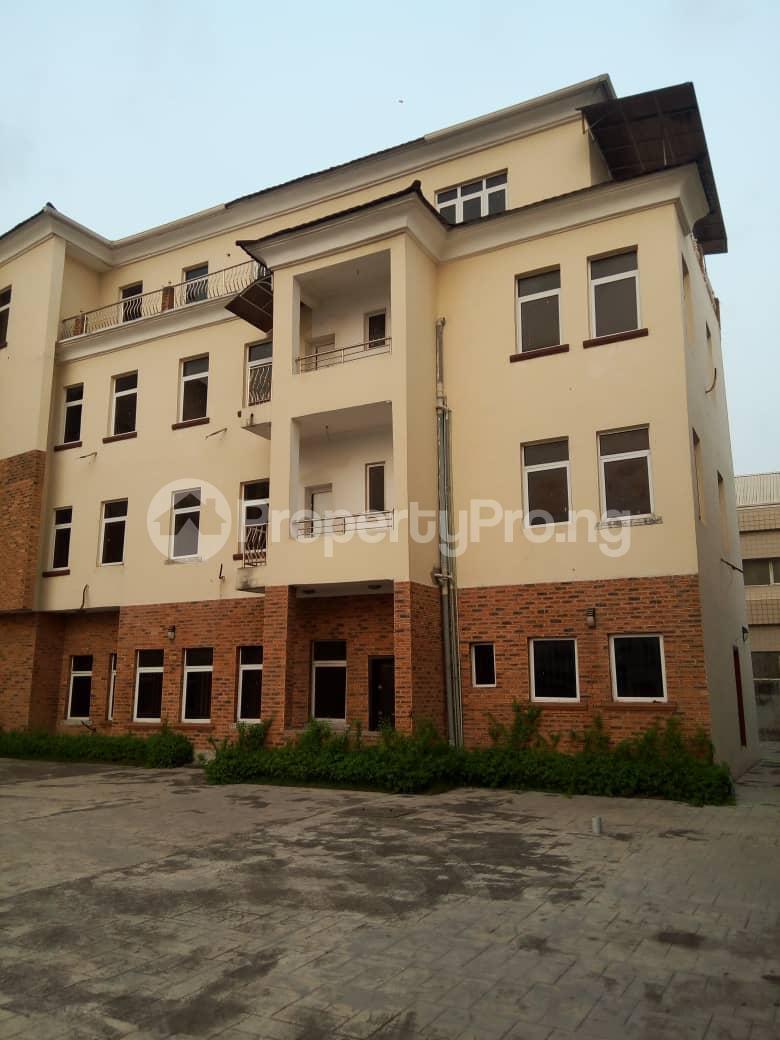 4 bedroom Penthouse Flat / Apartment for sale Chevy View Estate chevron Lekki Lagos - 5