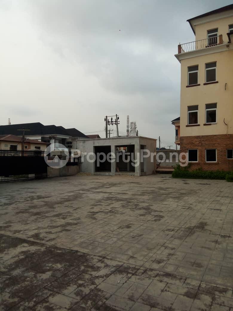 4 bedroom Penthouse Flat / Apartment for sale Chevy View Estate chevron Lekki Lagos - 4