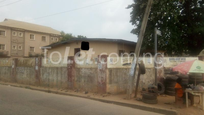 Land for sale 2 Lanre Hassan Street, Close to Oba's Palace, After Okla Royal Suites Hotel, Egbeda Alimosho Lagos - 0
