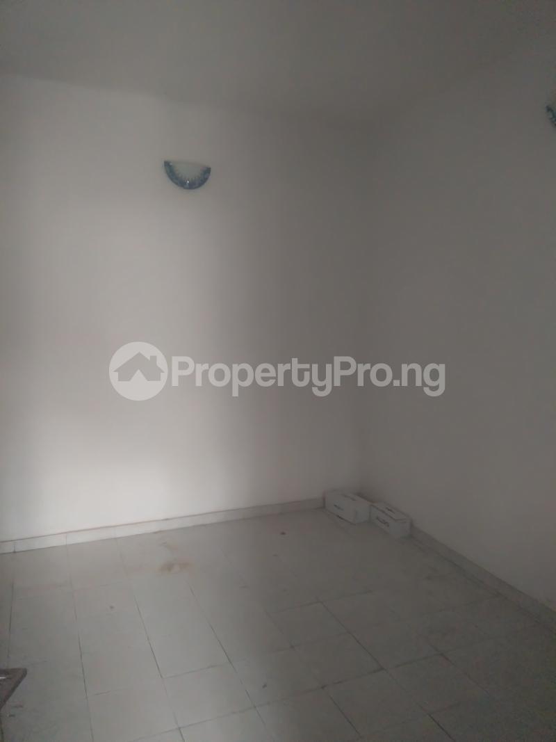 2 bedroom Boys Quarters Flat / Apartment for rent Inside a mini estate oniru ONIRU Victoria Island Lagos - 9