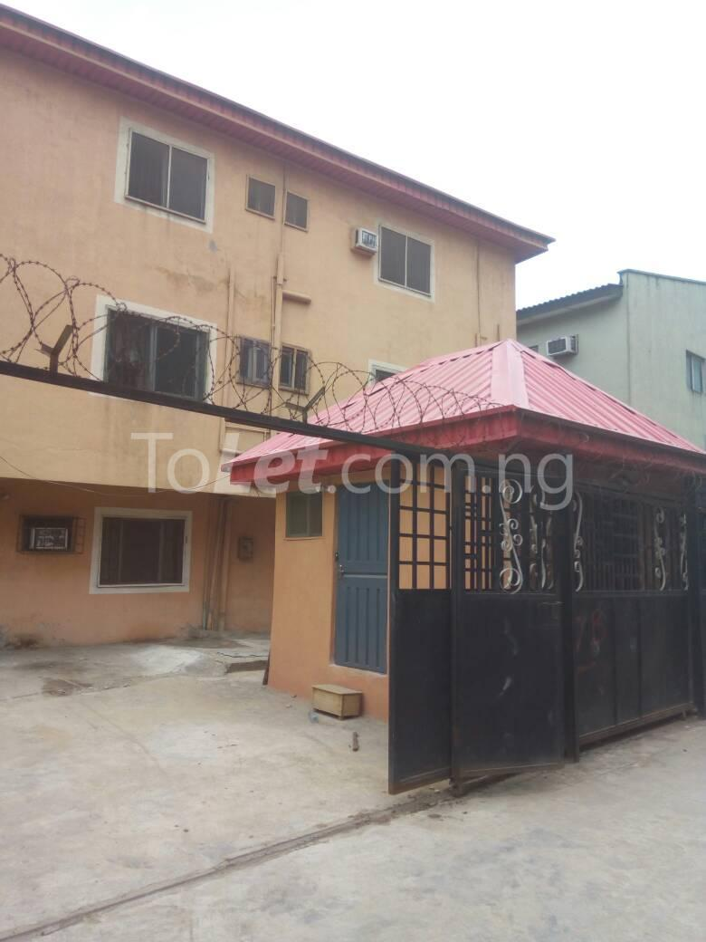 4 bedroom Flat / Apartment for sale Aguda Lagos - 3