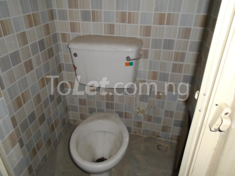 2 bedroom Flat / Apartment for rent - Ojuelegba Surulere Lagos - 6
