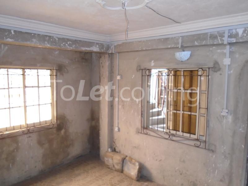 2 bedroom Flat / Apartment for rent - Ojuelegba Surulere Lagos - 4
