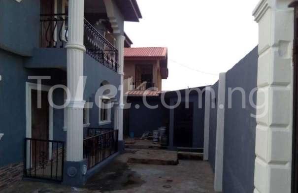 Flat / Apartment for sale solomade estate Ikorodu Lagos - 2