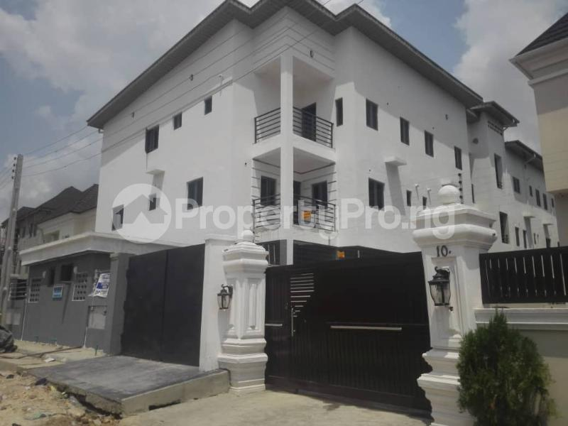 4 bedroom Flat / Apartment for rent . Idado Lekki Lagos - 17