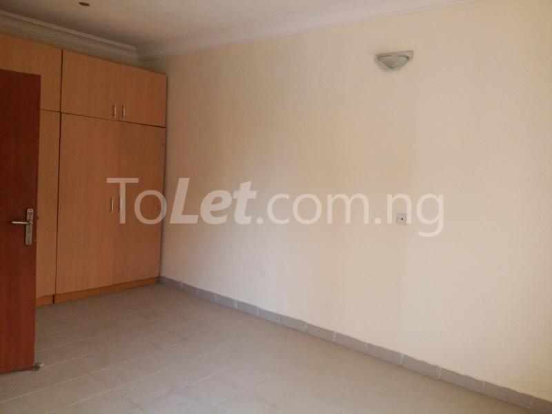 5 bedroom House for rent Bakare Street, Beside Imaad School, Bakare Estate, chevron Lekki Lagos - 5