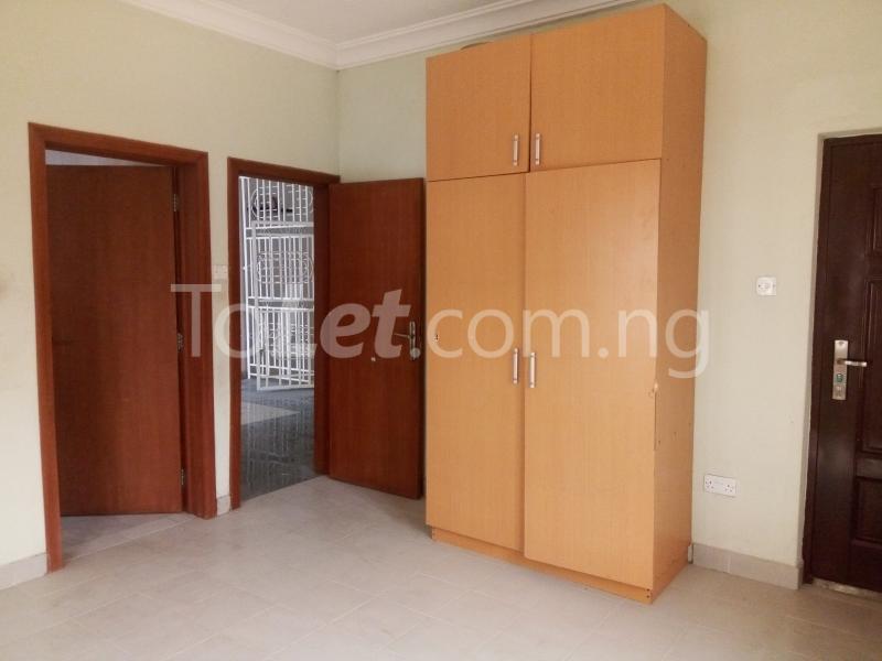 5 bedroom House for rent Bakare Street, Beside Imaad School, Bakare Estate, chevron Lekki Lagos - 7