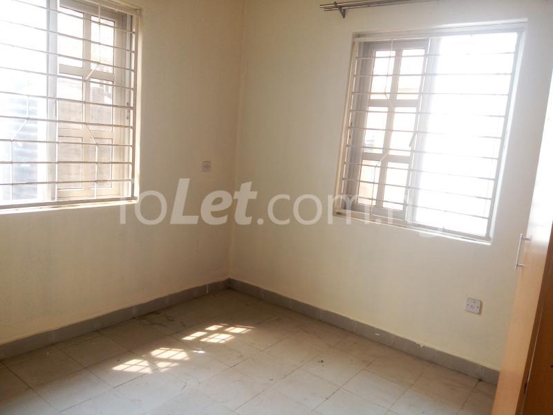 5 bedroom House for rent Bakare Street, Beside Imaad School, Bakare Estate, chevron Lekki Lagos - 4
