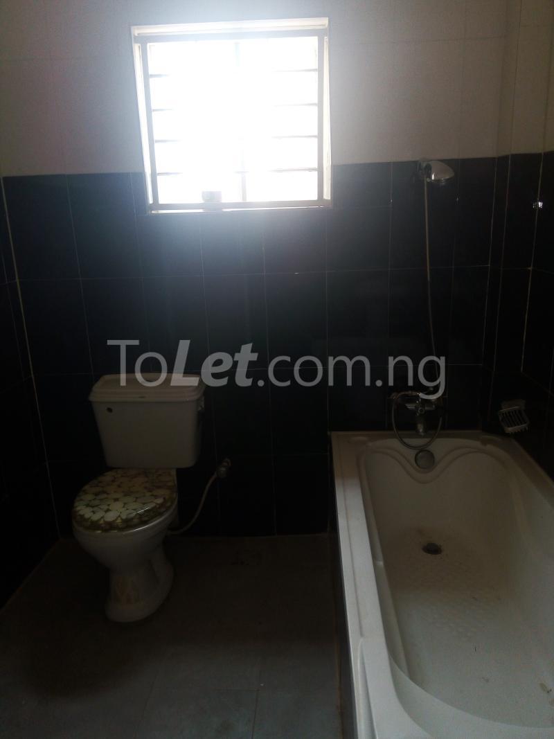 5 bedroom House for rent Bakare Street, Beside Imaad School, Bakare Estate, chevron Lekki Lagos - 14