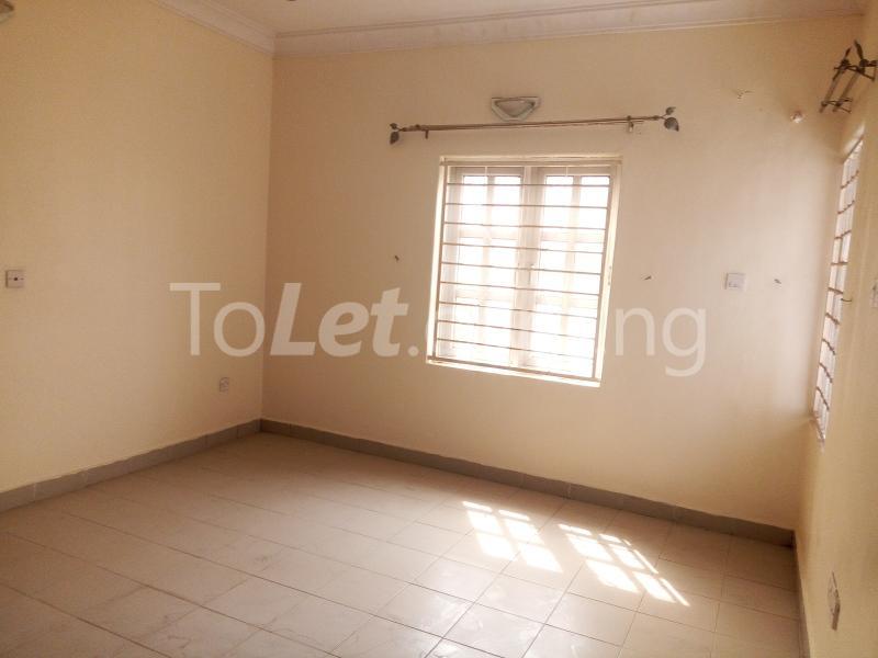5 bedroom House for rent Bakare Street, Beside Imaad School, Bakare Estate, chevron Lekki Lagos - 6