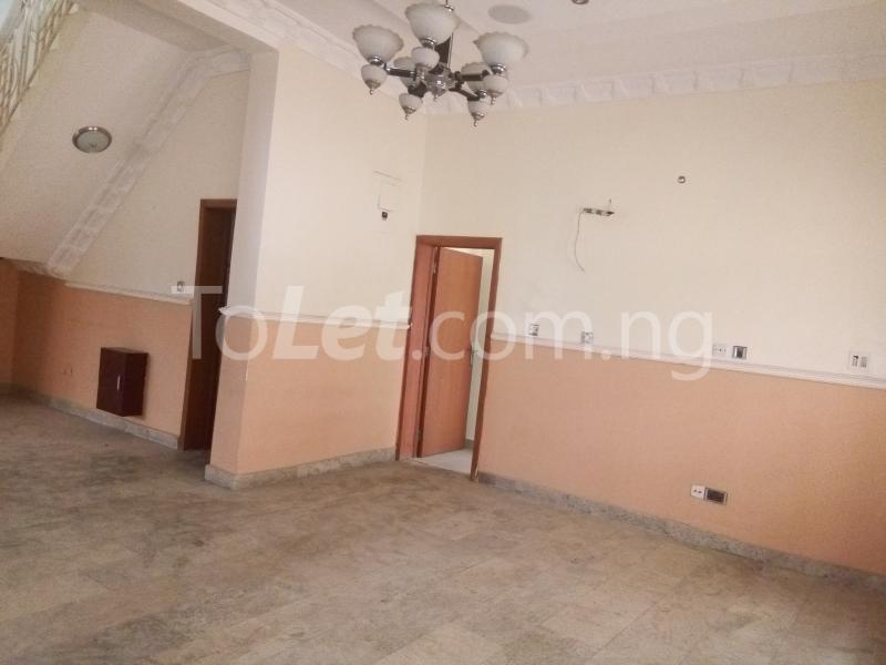 5 bedroom House for rent Bakare Street, Beside Imaad School, Bakare Estate, chevron Lekki Lagos - 2