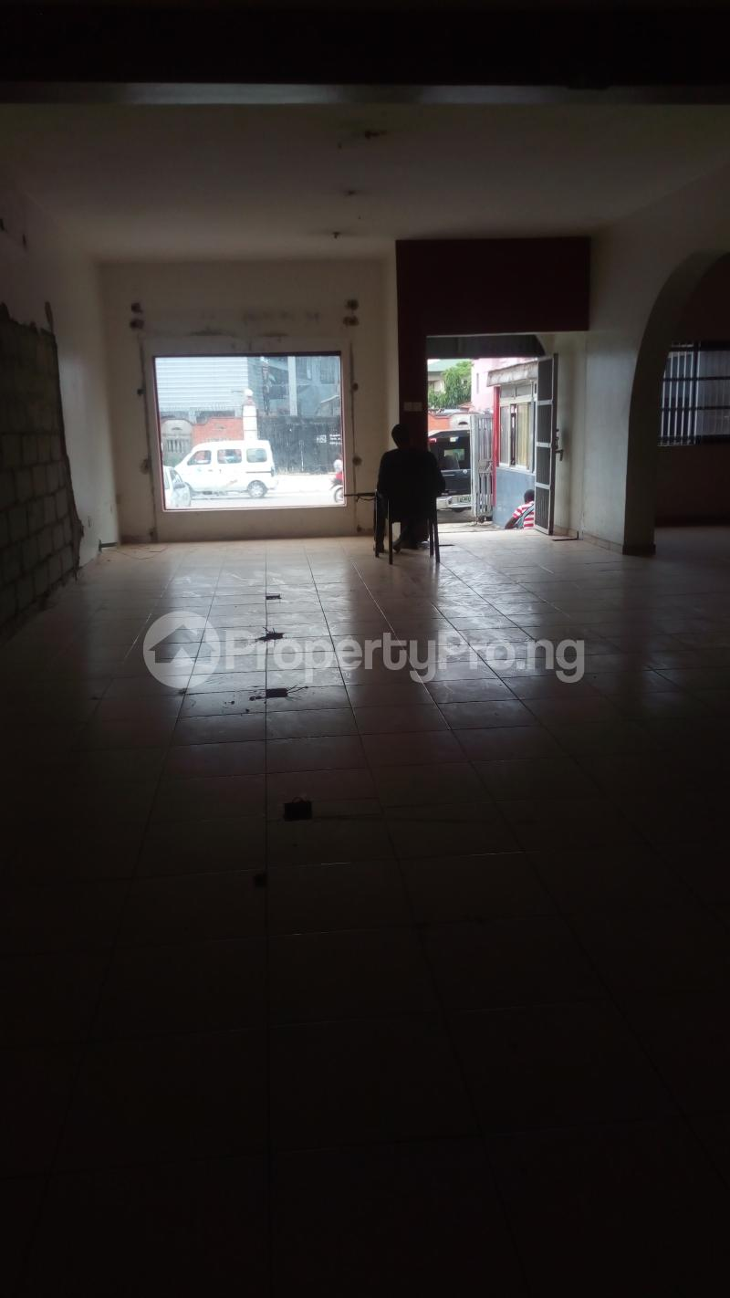 Shop Commercial Property for rent Lekki phase 1  Lekki Phase 1 Lekki Lagos - 4