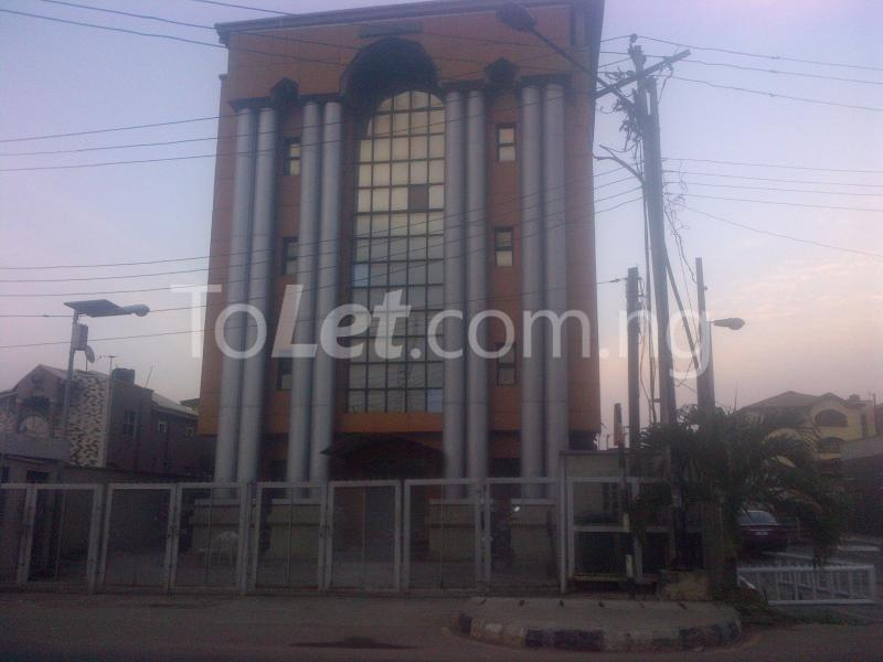 Office Space Commercial Property for rent Murtala Mohammed way Alagomeji Yaba Lagos - 0