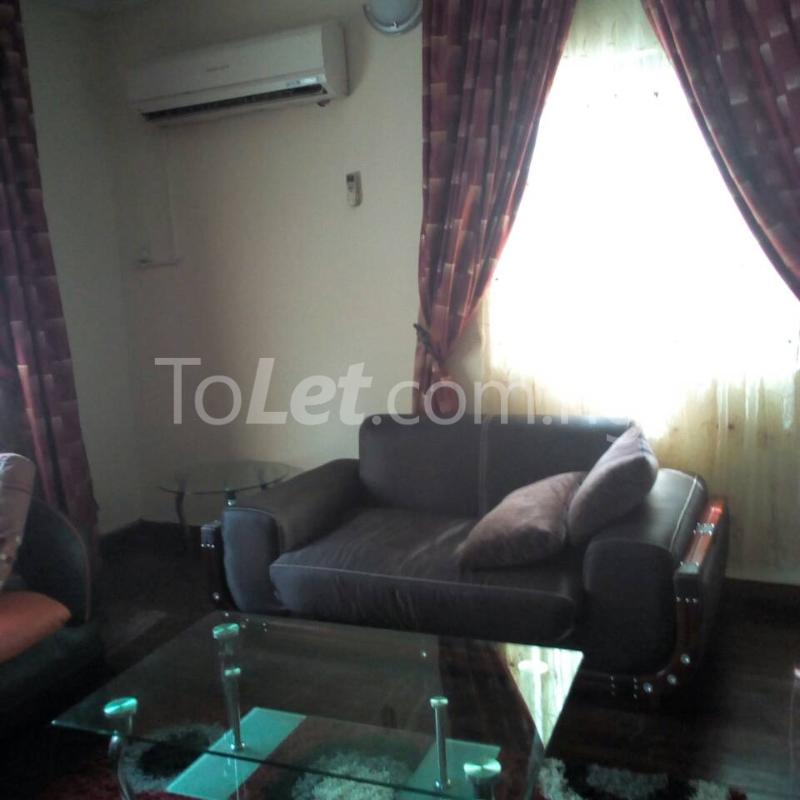 2 bedroom Flat / Apartment for rent Golf Club  Adamasingba Ibadan Oyo - 7