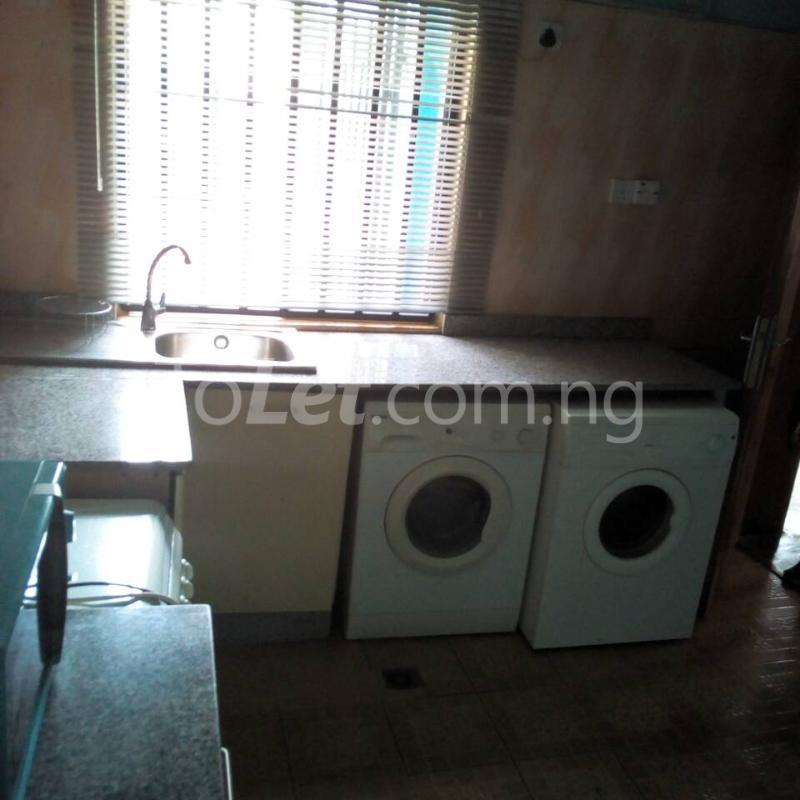2 bedroom Flat / Apartment for rent Golf Club  Adamasingba Ibadan Oyo - 3