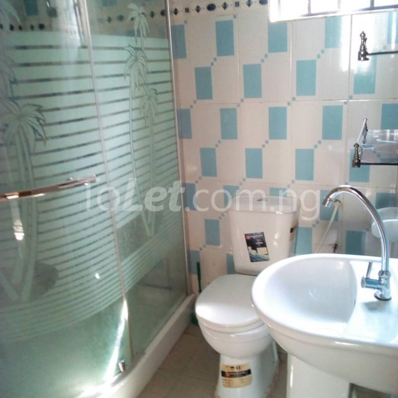 2 bedroom Flat / Apartment for rent Golf Club  Adamasingba Ibadan Oyo - 9
