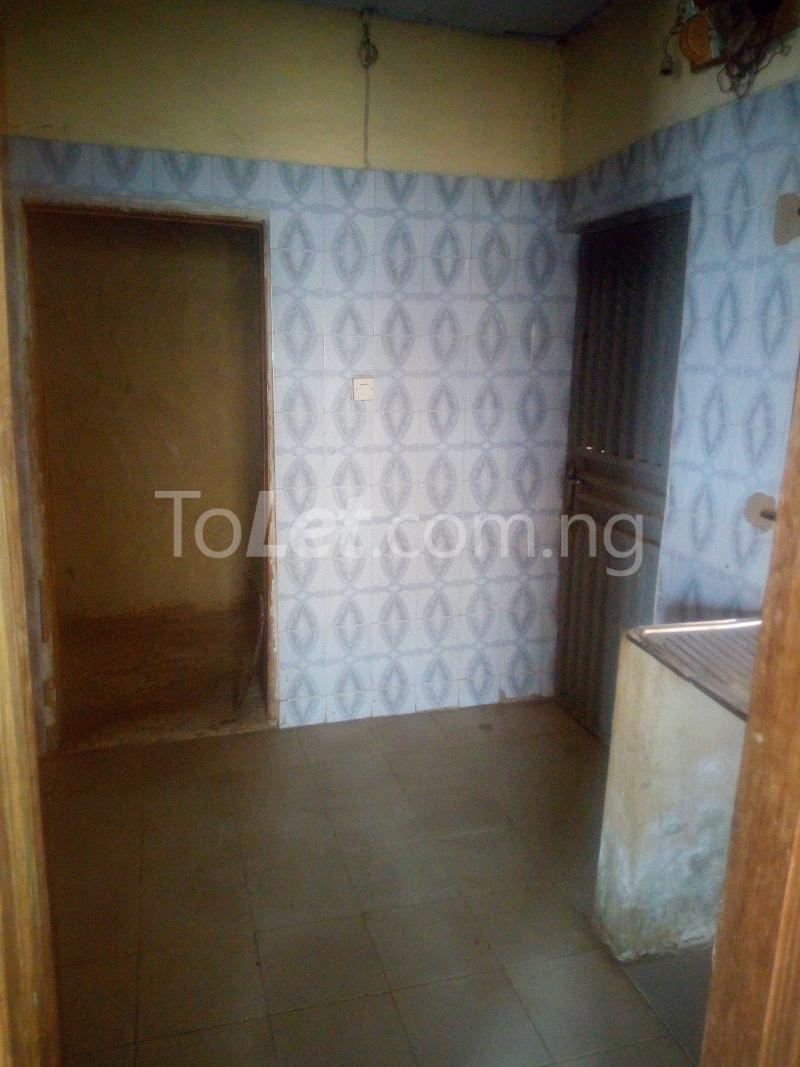 2 bedroom Flat / Apartment for rent Adetokun Eleyele Ibadan Oyo - 4