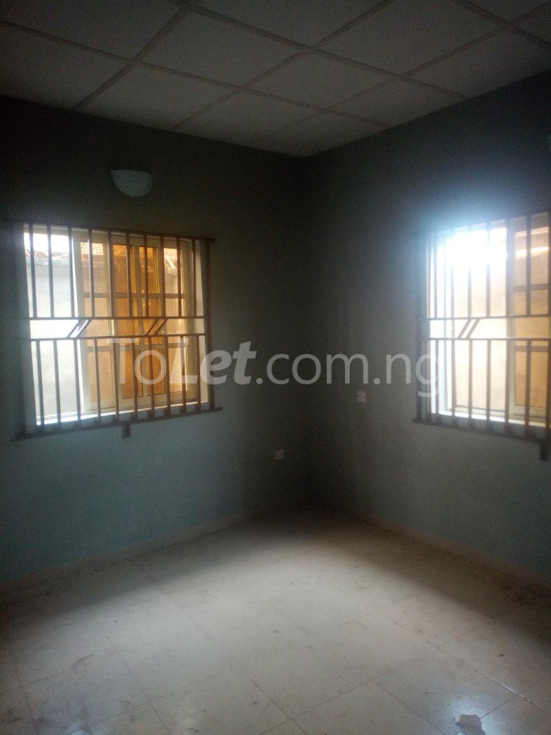 2 bedroom Semi Detached Bungalow House for rent Elewuro Akobo Ibadan Oyo - 3