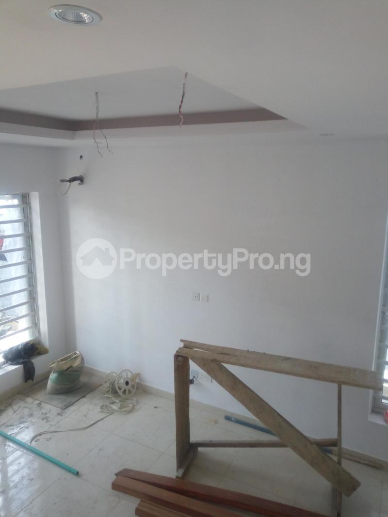 2 bedroom Semi Detached Duplex House for sale Adeniyi Jones Ikeja  Adeniyi Jones Ikeja Lagos - 5