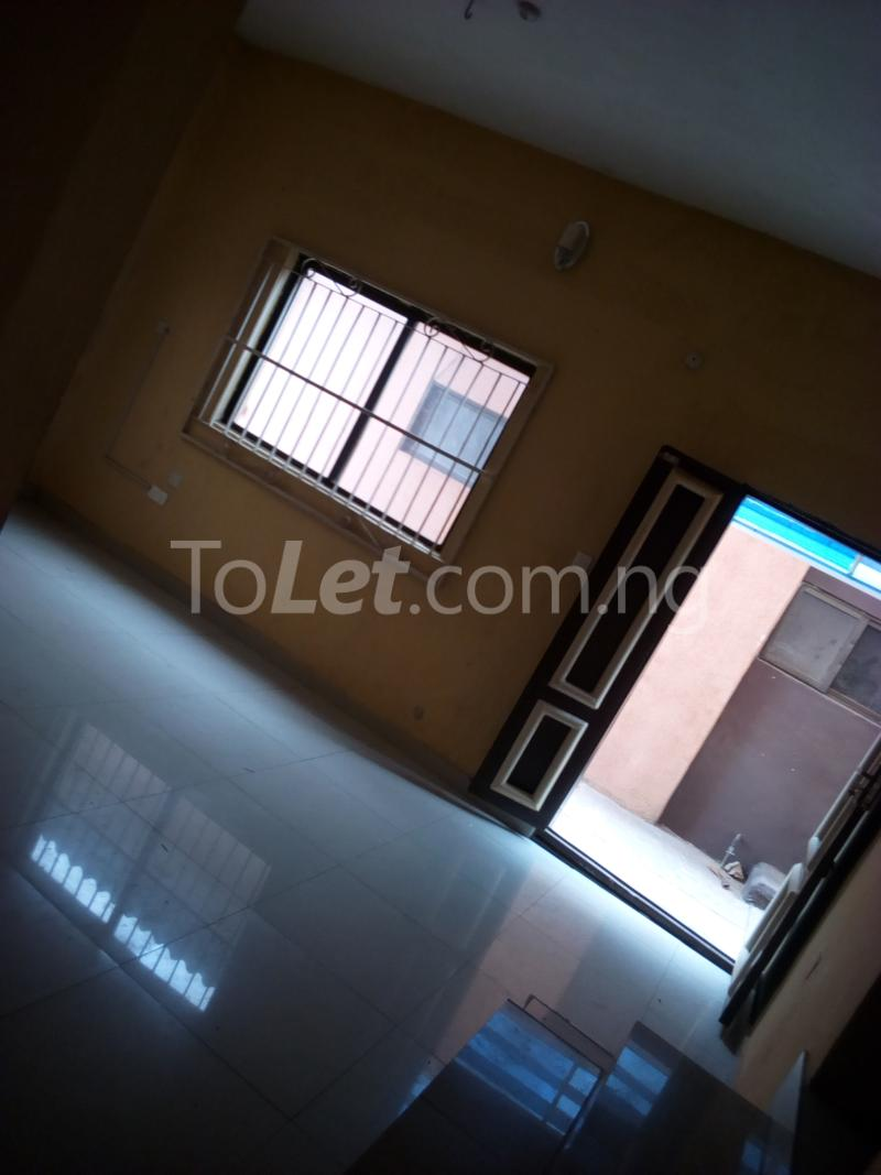 2 bedroom Mini flat Flat / Apartment for rent Ade-Ojo Estate, Old-Ife Road Ibadan north west Ibadan Oyo - 4