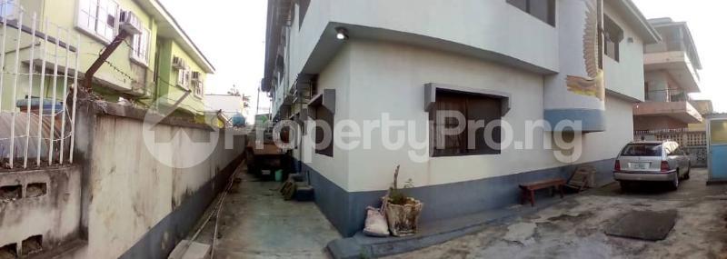 2 bedroom Flat / Apartment for rent Onike Yaba Lagos - 3
